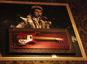 Hard Rock Cafe Florence Guitars David Bowie guitar